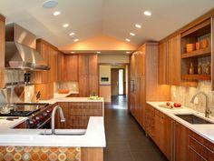 cocina de madera de diseño moderno