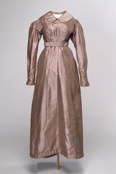 Circa 1820 silk Wedding dress, England.  Via National Gallery of Victoria, Melbourne.