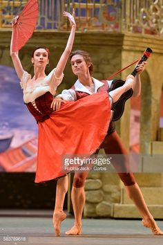 Nachrichtenfoto : Olga Smirnova as Kiri and Denis Rodkin as Basil...