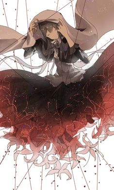I love this version of Homura. (I call it the Homulilly version, as she was a witch by then.) Apparently this was her funeral dress, prepared herself. Perhaps she went to the Tower of Cocoon already prepared for her death. The colouring is also spectacular. Black and white (in the original movie it was white, not RAINBOW - gosh! I prefer it white)... with a dash of red of the spider lily. It reminds me of blood.