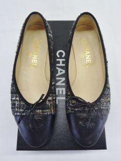 Chanel Gray Tweed Two Tone Cap-Toe Ballet Flats