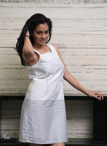 gayathrie white dress Actress Gayathrie 2018 New HD Images All Indian Actress, Indian Actress Gallery, Indian Actresses, Beautiful Girl Indian, Beautiful Indian Actress, Glamour Beauty, Beauty Full Girl, Movie Photo, Power Girl