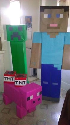 Minecraft Party · A Candy Apple · Cooking, Food Decoration, and Decorating on Cut Out + Keep Minecraft Birthday Party, 6th Birthday Parties, 9th Birthday, Birthday Ideas, Mine Craft Birthday, Mine Craft Party, Minecraft Party Decorations, Minecraft Party Ideas, Minecraft Food