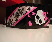 Duct tape womans (card holder) or  wallet by ducttapecouple.com