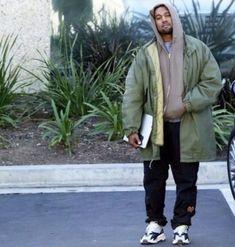 Kanye West Outfits, Kanye West Style, Clothing Hacks, Mens Clothing Styles, Yeezy Fashion, Mens Fashion, Dope Outfits, Fashion Outfits, Yeezy Outfit