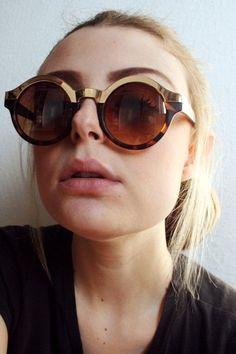 16 melhores imagens de Óculos de sol   Sunglasses, Glasses e Eyewear 58037178aa