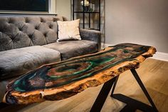 Check out our epoxy resin table selection for the very best in unique or custom, handmade pieces from our furniture shops Live Edge Furniture, Resin Furniture, Log Furniture, Custom Woodworking, Woodworking Projects, Woodworking Classes, Wood Resin Table, Appartement Design, Wood Creations