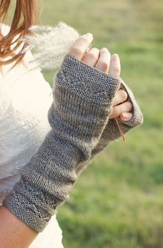 Soft, slouchy and delicate, these mitts are knit long and meant to be slouched forward on the arm for that effortlessly comfortable look.