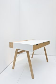 Design by Nico - corian desk presented by the UKTI as part of The Green Room   www.thedesignjunction.co.uk @_thedesignjunction