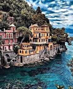 Italy travel, portofino italy, beautiful places to visit Best Honeymoon Destinations, Dream Vacations, Vacation Spots, Travel Destinations, Vacation Ideas, Vacation Travel, Italy Vacation, Italy Trip, Honeymoon Spots