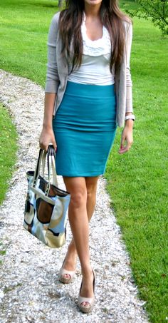 Cute outfit! - I could do this with my navy high waisted skirt and white flutter sleeve blouse with my green 3/4 sleeve jacket :oD
