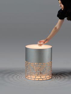 •De lamp als object in het interieur Nest Lamp by Joa Herrenknecht
