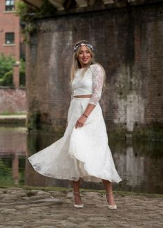 Gorgeous bridal style by House of Ollichon. Shop the stunning collection of wedding skirts, tops and jumpsuits now! #bridalskirt #bridalwear #twopiece #mismatched #weddingskirt #alternativeweddingdress #bridalseparates