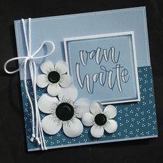 Vorige week kregen we die mooie stempels van @carlakamphuis weer binnen. Op mijn blog zie je allerlei kaarten, die ik er mee maakte. Natuurlijk weer met die mooie blauwe kleur karton van @papicolor, blauwe stempelinkt en witte gelpen. Wij houden van die combinatie van materialen, maar dat wisten jullie vast wel. Bujo, Marianne Design, Happy Birthday Cards, Baby Cards, Stampin Up Cards, Card Making, Scrapbook, Frame, How To Make