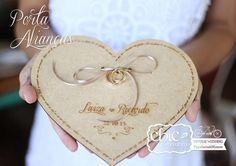 Porta Aliança Madeira Amor  <3 www.chicnoultimo.com