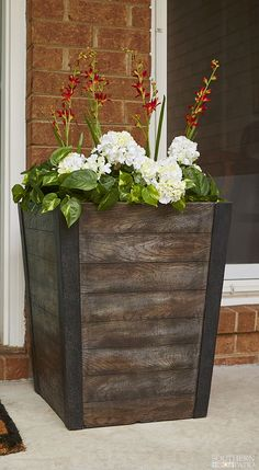 Bring a bit of the countryside to your gardening plans with our tall Farmhill planter. Learn more!