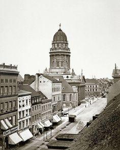 Jägerstraße und Französischer Dom (Mitte), 1865. Foto: F. A. Schwartz