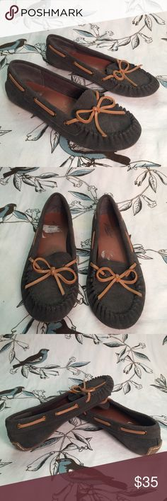 Lucky Brand leather moccasins Cute blue gray lucky brand moccasins. Stitched across top with tan leather string across top and sides. Tan grip footing with logo clover at heel. Used but good condition!! Lucky Brand Shoes Flats & Loafers