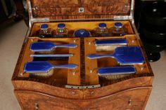 Art Deco Furniture, Table Furniture, Antique Furniture, Cool Furniture, Art Deco Dressing Table, Modern Vanity, Vintage Vanity, Vanity Set, Art Deco Fashion