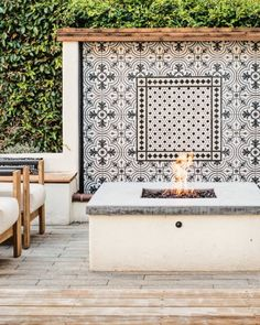 Tour a Remodeled Spanish Revival House in California Spanish Revival Home, Spanish Style Homes, Spanish House, Spanish Colonial, Spanish Patio, Spanish Style Bathrooms, Boho Glam Home, Bar Outdoor, Outdoor Living