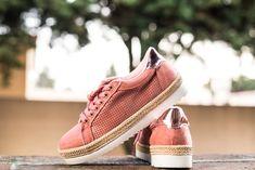 Calzado para dama super a la moda. Rosa pink #moda #zapatos #tenis