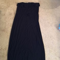 Black ruffle maxi dress Perfect for a beach coverup or could be dressed up with a fun necklace Old Navy Dresses Maxi