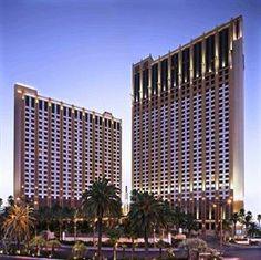 compare.amazingvacationstoday.com - Hilton Grand Vacations Suites on the Las Vegas Strip