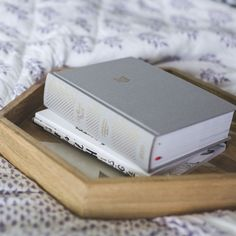 BIBLE | She Reads Truth | Grey Linen Hardcover | CSB Translation – EtchLife L.L.C.