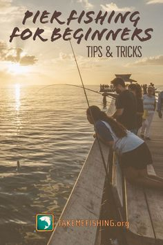 9 Pier Fishing Tips & Tricks For Beginners - Check out these pier fishing tips to make your experience productive and enjoyable. Best Fishing Lures, Walleye Fishing, Fishing Knots, Fly Fishing, Surf Fishing Tips, Fishing 101, Fishing Tricks, Women Fishing, Fishing Stuff