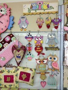 More owls! Tole Painting, Painting On Wood, Fabric Painting, Owl Clip Art, Owl Art, Wood Crafts, Diy And Crafts, Arte Country, Wooden Cutouts
