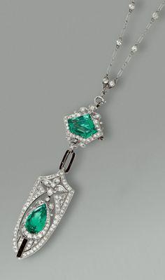 Alexandrite Jewelry - January 03 2019 at Edwardian Jewelry, Gothic Jewelry, Antique Jewelry, Vintage Jewelry, Emerald Jewelry, Turquoise Jewelry, Diamond Jewelry, Gemstone Jewelry, Diamond Rings