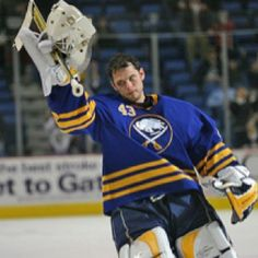 Buffalo Sabres goalie Martin Biron salutes the crowd after being awarded the first star of the game for his performance against the Pittsburgh Penguins at the HSBC Arena in Buffalo, New York. Nhl Hockey Jerseys, Hockey Games, Ice Hockey, Buffalo Hockey, Buffalo Sabres, Buffalo New York, Goalie Mask, Win Or Lose, National Hockey League