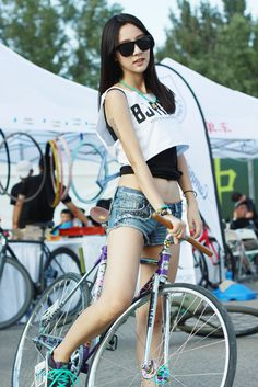 FIXED GEAR GIRL TAIWAN: Fixie girl China - 安娜