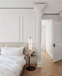 Clean Bedroom, Home Bedroom, Bedroom Decor, Bedroom Wall, Minimalist Bedroom, Contemporary Bedroom, Interiores Design, New Homes, House Styles