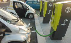 De Nederlandse regering bekijkt of nieuwe auto's met motoren op benzine of diesel tegen het midden van volgend decennium zouden kunnen worden verboden. Het oorspronkelijke voorstel, ingediend door de Partij van de Arbeid (PvdA), stuurde aan op een volledig verbod van auto's op benzine en diesel, maar die eis werd uiteindelijk afgezwakt tot een verbod …