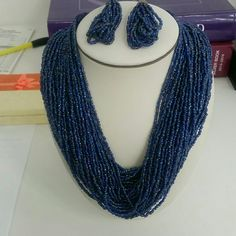 ⬇S A L E ⬇ Beaded necklace & earring set. All reasonable offers will be accepted Jewelry Necklaces