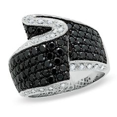Love black diamonds! this ring is gorgeous!