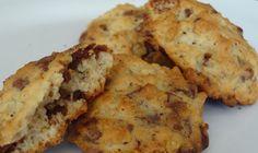 Vanilla Oatmeal Cookies with Chocolate Chunks