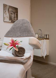 Salon on pinterest spas spa treatment room and interieur - Salon decoratie ideeen ...