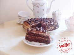 Vi piace il #cioccolato e anche il #caffè? Ecco il #dolce perfetto che li unisce in un connubio perfetto: Torta ciocco moka.  Scopri la ricetta di @Peccati Di Dolcezze per Valle'...