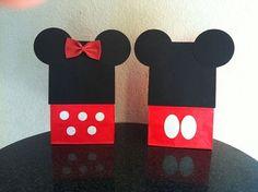 Tutorial para hacer bolsas de recuerdito de Mickey y Minnie.