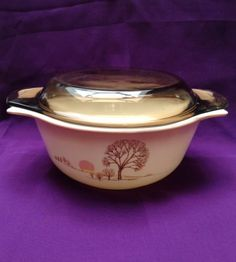 Vintage Pyrex - Autumn Moods....looks like maybe a Pyrex from England, at least the lid does