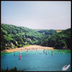 Millbay in Salcombe. British Beaches, British Seaside, Seaside Holidays, Uk Holidays, Places To Visit Uk, Places To Go, Devon Beach, Beach Wedding Locations, Devon Coast