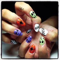 holiday nail art holloween