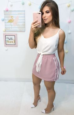 Pink miniskirt and white top Moda Fashion, Urban Fashion, Womens Fashion, Summer Outfits, Cute Outfits, Baby Girl Pants, Business Outfits, Girly Girl, White Tops
