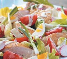 chicken salad with yogurth dressing Roast Chicken, Chicken Salad, Czech Recipes, Ethnic Recipes, Salad Recipes, Vegan Recipes, Great Recipes, Dinner Recipes, Salads