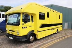 If its a Carriage driving horsebox you are looking for then you wont find better than this! Built in 1999 by Equestria Horseboxes onto a brand new chassis, it has to this day only covered 31,000 kilometers! Owned from new by Mrs Sallie Walrond (for those of you who know your carriage driving) It has been barn stored and its bespoke design makes it fantastic for transporting horses and carriage. It has a side ramp horse area with 3 stalls forward facing. Behind that is the carriage room that…