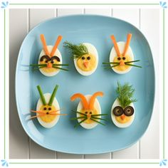 Decorated Deviled Eggs for Easter – Anrichten Easter Deviled Eggs, Avocado Deviled Eggs, Best Deviled Eggs, Deviled Eggs Recipe, Egg Recipes, Baby Food Recipes, Easter Recipes, Crockpot Recipes, Chicken Recipes