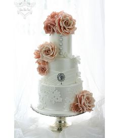 Prettiest Wedding Cakes Ever by Leslea Matsis - Mon Cheri Bridals