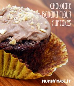 These Chocolate Banana Cupcakes are Gluten Free, Dairy Free, Refined Sugar Free, Paleo Friendly and Nut Free. They are made using Banana Flour and Coconut Flour. Paleo Dessert, Paleo Sweets, Healthy Dessert Recipes, Vegan Desserts, Chocolate Banana Cupcakes, Chocolate Recipes, Green Banana Flour, Gluten Free Banana, Healthy Cake